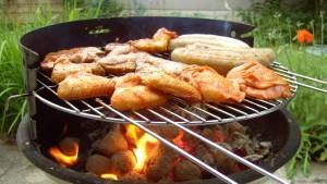 Tipps so wird ihr grill wieder sauber rtl de