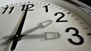 Zeitumstellung abschaffen? Abstimmen!