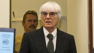 Rckendeckung fr Ecclestone