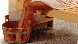 hausmittel gegen erk ltung was bei husten wirklich hilft. Black Bedroom Furniture Sets. Home Design Ideas